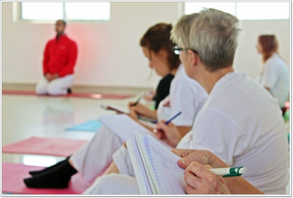 Yoga docentenopleiding teacher training Nederland