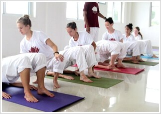 hatha yoga les india