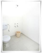 Yoga ashram India bathroom