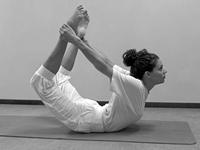 beginners yogahoudingen Booghouding Dhanurasana