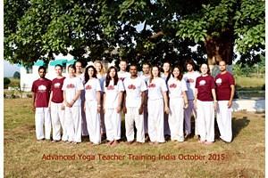 201510 gevorderde yoga teacher training India