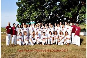 201510 yoga teacher training India