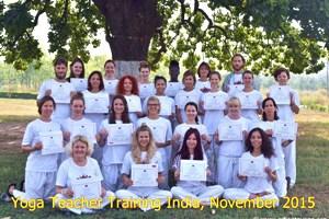 201511 hatha yoga opleiding India