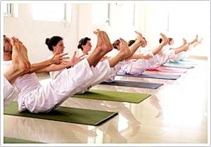 300 uur gevorderde yoga docenten opleiding India 2016