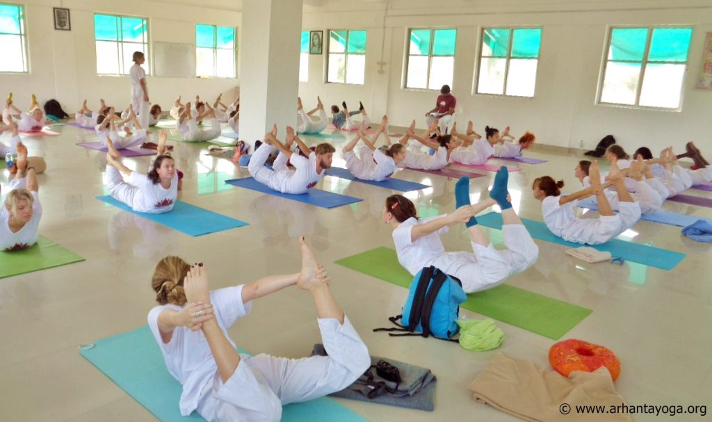 Hoe word ik yogadocent