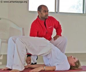 arhanta-yoga-docentenopleiding-brug