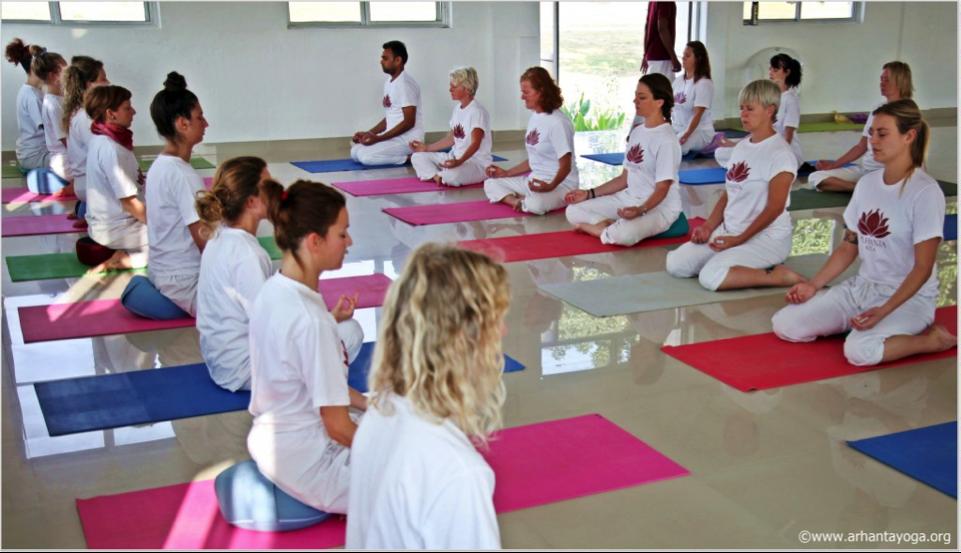yogadocenten-opleiding-les-setting