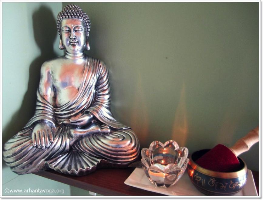 richtlijnen voor het creëren van de juiste sfeer in je yogales buddha