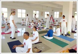 Advanced yoga teacher certificate