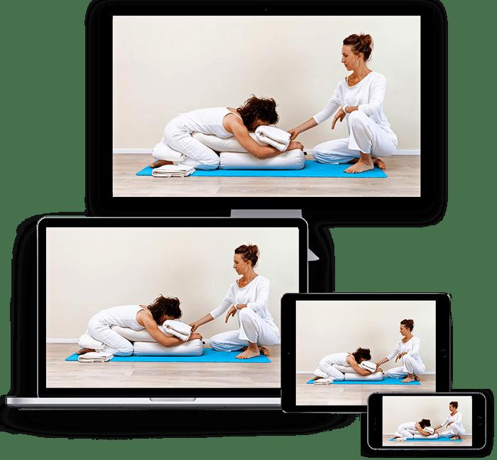 Postnatal yoga teacher training online